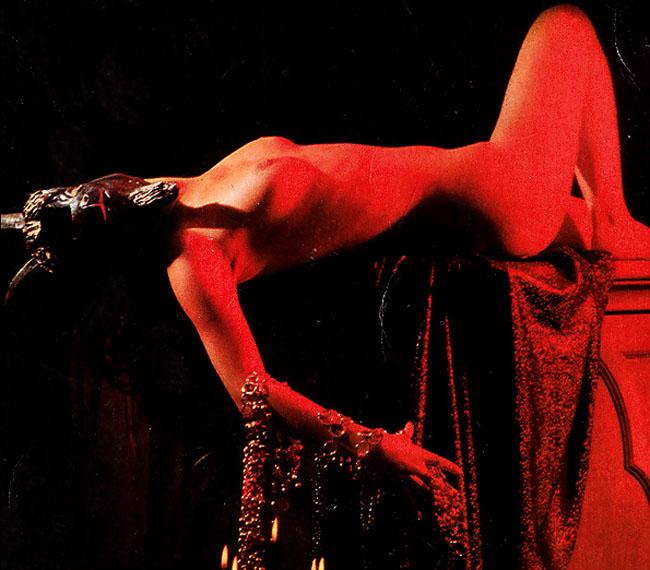【※閲覧注意】闇深カルト教団の儀式が公開され世界に戦慄が走る・・・。(画像あり)・13枚目