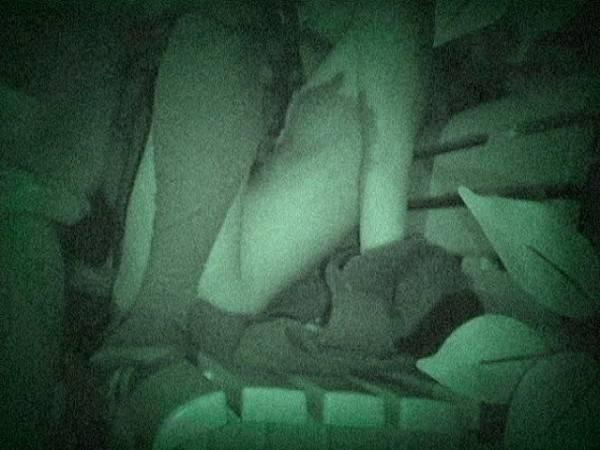 【※盗撮注意】深夜の公園を赤外線モードで撮影した結果wwwwwwwwww(画像あり)・12枚目