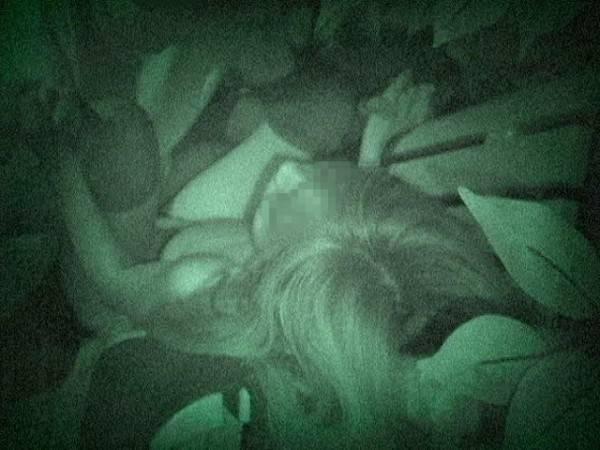 【※盗撮注意】深夜の公園を赤外線モードで撮影した結果wwwwwwwwww(画像あり)・14枚目