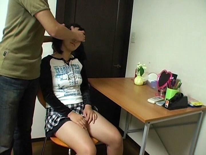 【※画像あり】ガチの催眠術師が女に催眠をかけた結果。エロくなった表情をご覧くださいwwwwwwww・21枚目