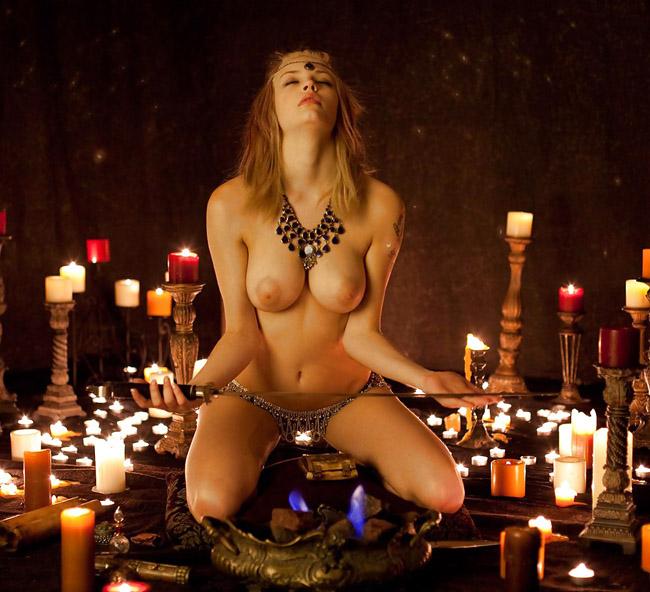 【※閲覧注意】闇深カルト教団の儀式が公開され世界に戦慄が走る・・・。(画像あり)・22枚目
