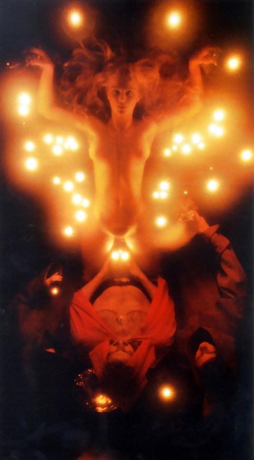 【※閲覧注意】闇深カルト教団の儀式が公開され世界に戦慄が走る・・・。(画像あり)・23枚目