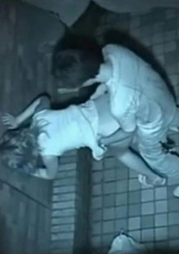 【※盗撮注意】深夜の公園を赤外線モードで撮影した結果wwwwwwwwww(画像あり)・25枚目