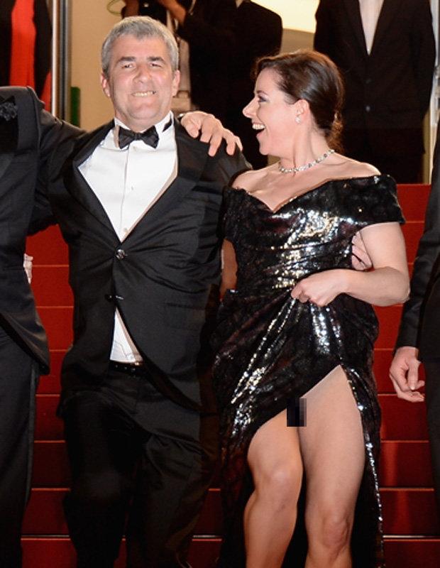 【※朗報※】カンヌ映画祭で定番になりつつある有名女優のマンチラwwwwwwwwwwww(画像あり)・7枚目
