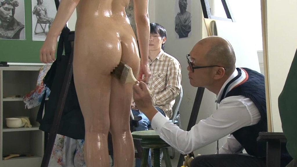 【※エロ画像】「これは芸術ですっ!」ヌードデッサンでSEXさせる異例な光景wwwwwwwwwwwww・9枚目