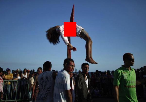 (※極刑)残虐極まりない処刑で殺された女性たち、一体何をしたんだ・・・(写真あり)