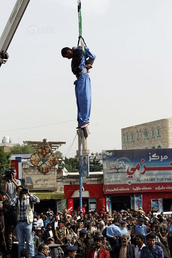 【※極刑】残虐極まりない処刑で殺された女性たち、一体何をしたんだ・・・(画像あり)・9枚目