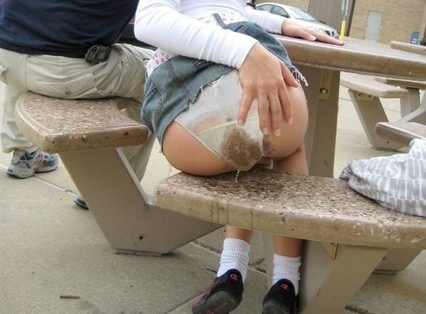 【衝撃】ジャグジーで女の子たちとハーレム状態。女「ブリブリブリュュ…」→結果・・・(GIFあり)・19枚目