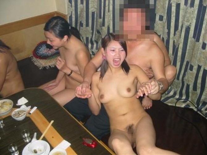 【※衝撃】中国のカラオケバー「KTV」とかいうなんでもありの裏風俗の実態をご覧くださいwwwwwwwwwww(画像あり)・12枚目