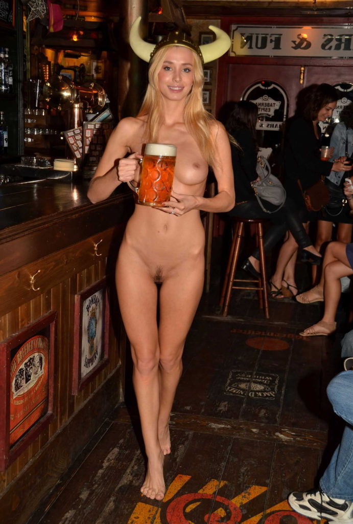 【※変態注意※】飲み屋に必ずいるこういうオンナって即ハメOKなんだよな???(画像あり)・12枚目