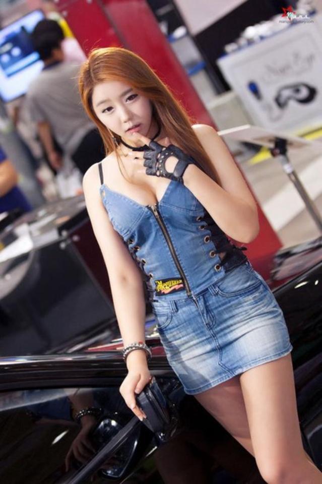 """【高レベル】韓国の美人キャンギャルさん、みんな同じような""""顔""""でワロタwwwwwwwwwww・19枚目"""