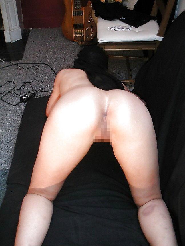【※悲報】素顔を晒すイスラム女性、調子に乗って全裸アップし爆死wwwwwwwwwwww(画像あり)・5枚目