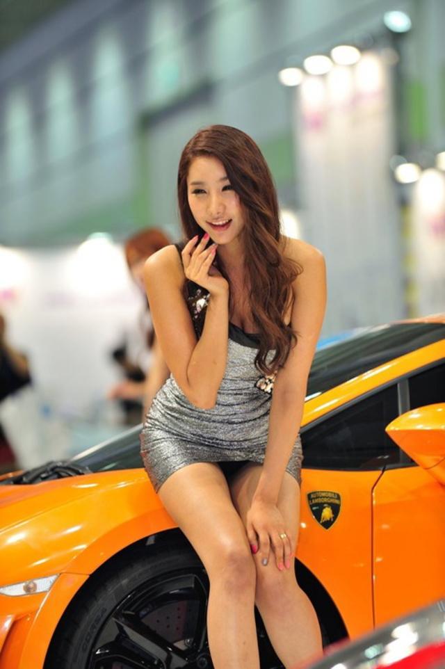 """【高レベル】韓国の美人キャンギャルさん、みんな同じような""""顔""""でワロタwwwwwwwwwww・8枚目"""