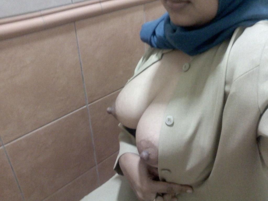 【※悲報】素顔を晒すイスラム女性、調子に乗って全裸アップし爆死wwwwwwwwwwww(画像あり)・9枚目