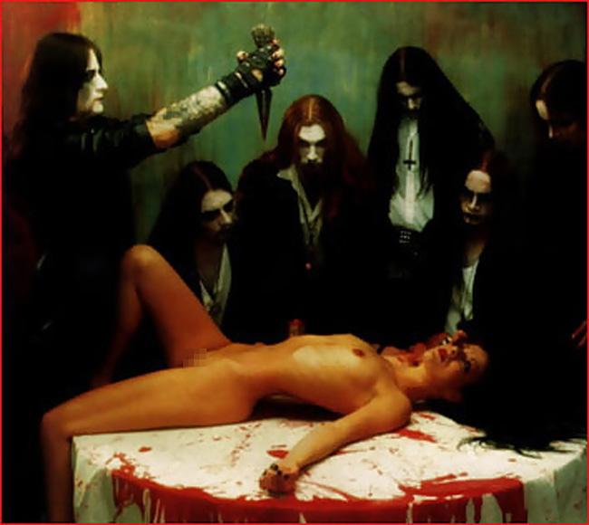 【※異文化※】処女を生贄として捧げる謎の集団の儀式がコチラ。。。(画像あり)・22枚目