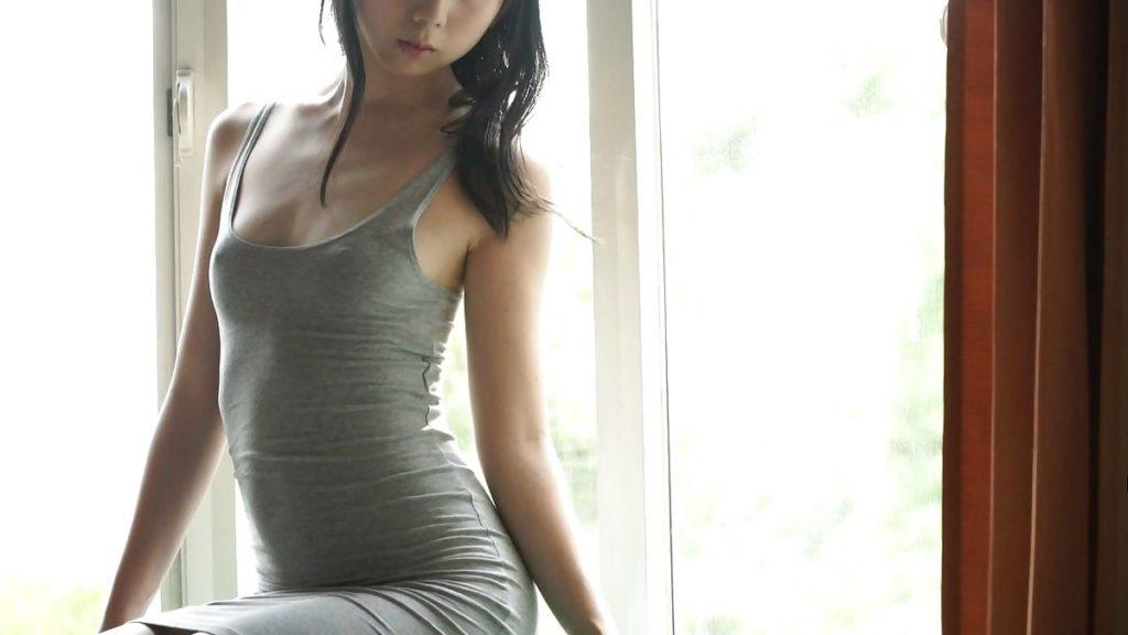 口リ系アイドルのーぷらん瀬戸栞、大胆にも胸ポチ解禁wwwwピンコ立ちワロタwwwwwww・35枚目