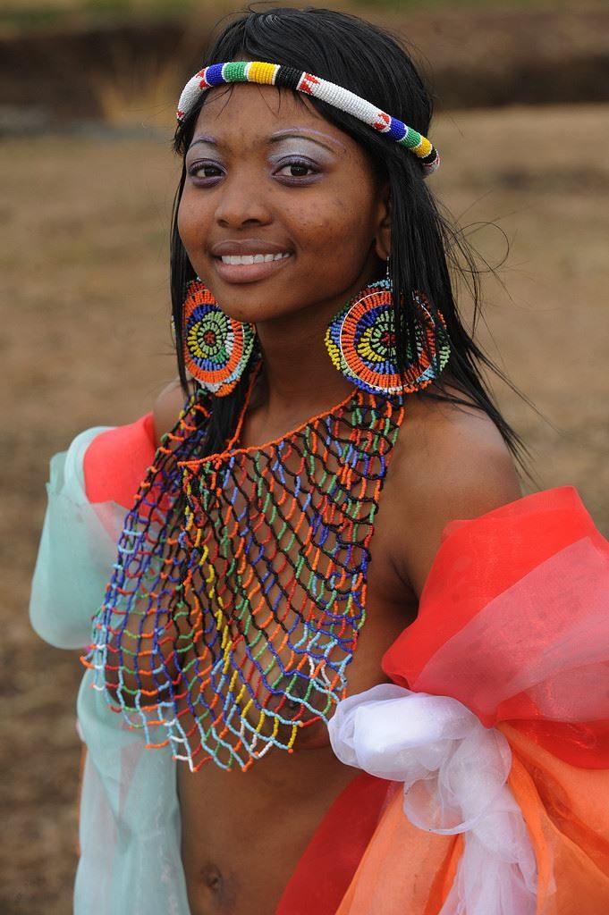 """""""アフリカ原住民""""の民族おっぱいを集めた結果。巨乳多すぎワロタwwwwwww・14枚目"""