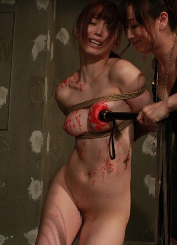 【※胸糞注意※】女子校内のイジメが撮影うpされる・・・(画像あり)・16枚目