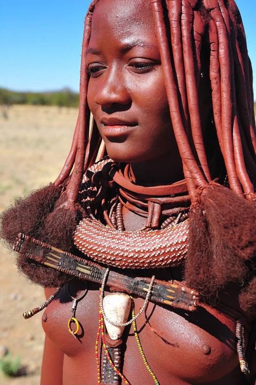 """""""アフリカ原住民""""の民族おっぱいを集めた結果。巨乳多すぎワロタwwwwwww・19枚目"""