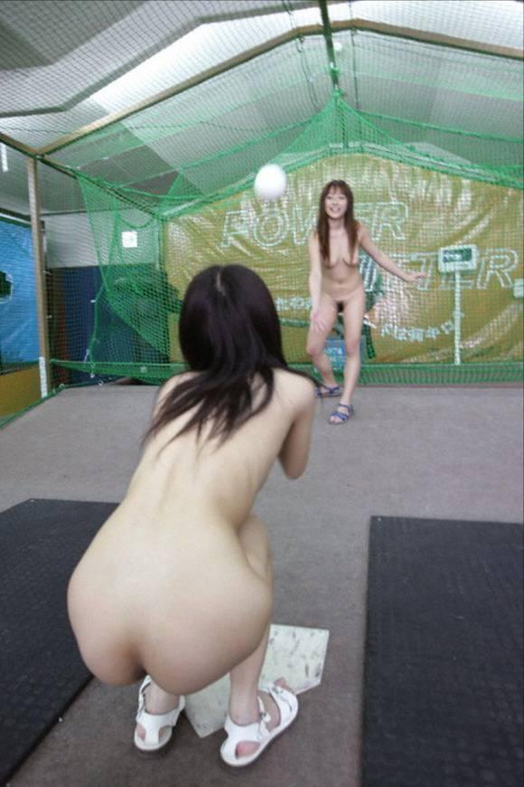 全裸でスポーツしてる日本人女性が撮影されるwwwwwwwwwww(画像あり)・21枚目