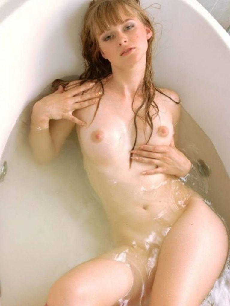 ロシア女子の完全にアウトなヌード写真、ポルノ業界の内情ヤッバ杉ワロタwwwwwwwwwwww・23枚目