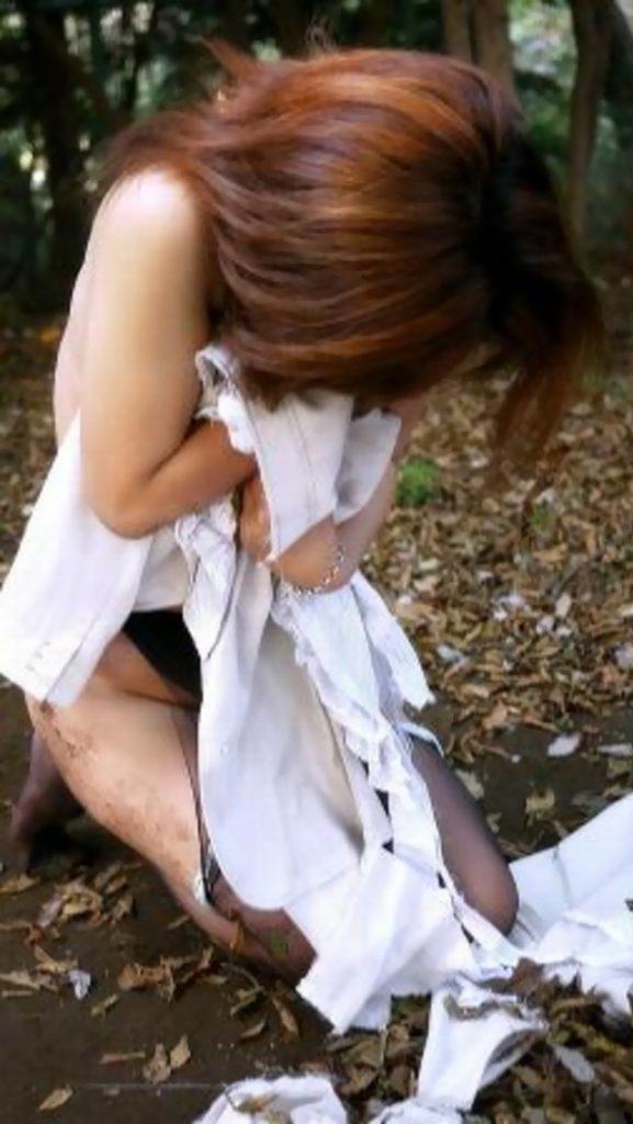 【※ガチ注意】レイプ後の女性を撮影した画像。コレ直視できる奴おるんか??・25枚目