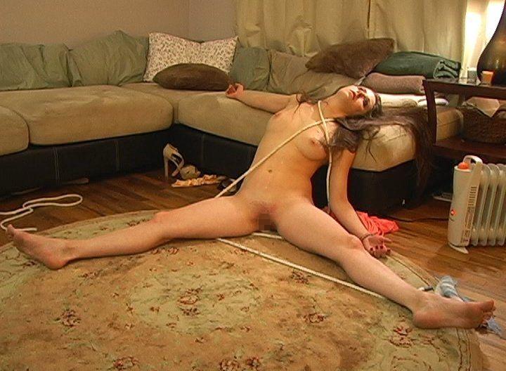 【※閲覧注意】殺害した女性のヌードを撮影して晒す殺人鬼の手口ヤバすぎやろ…(画像あり)・3枚目