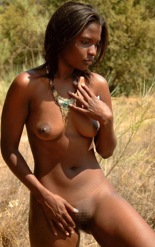 """""""アフリカ原住民""""の民族おっぱいを集めた結果。巨乳多すぎワロタwwwwwww・31枚目"""