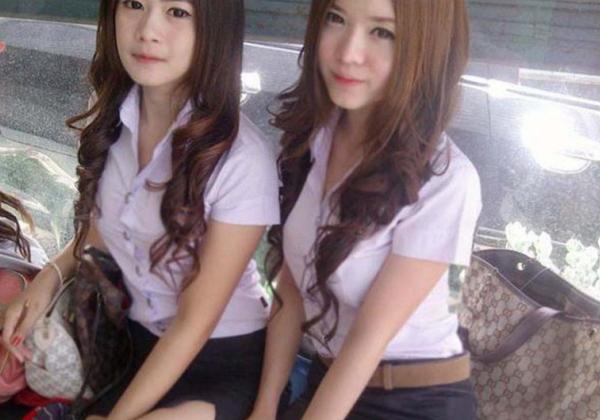(写真あり)セイフクが嬢にしか見えないタイの女子大学生をご覧下さい。 40枚