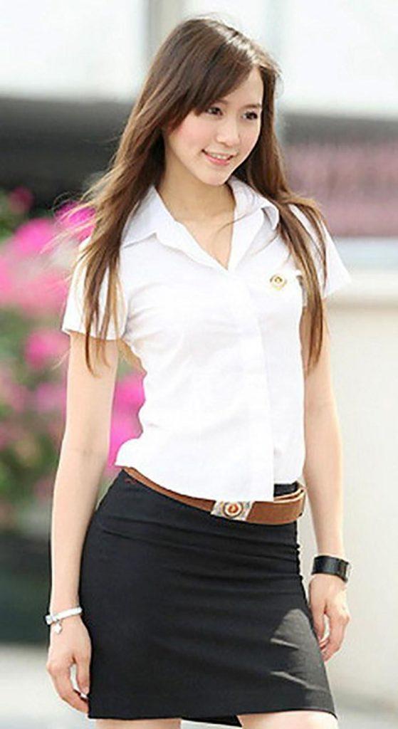【画像あり】制服が嬢にしか見えないタイの女子大生をご覧下さい。 40枚・13枚目