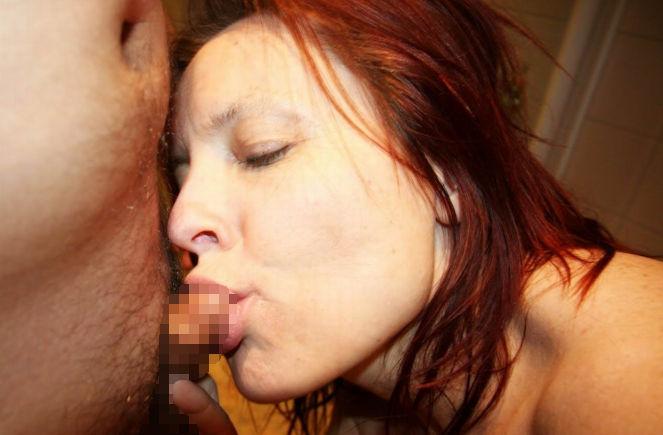 【屈辱】セクシー女優さん、超短小の勃起チンコに爆笑してしまう。(GIFあり)・16枚目