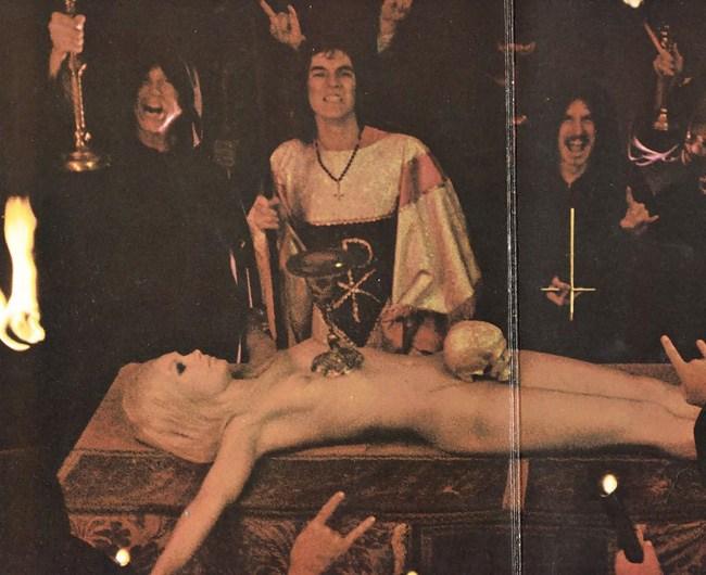 【閲覧注意】生 贄 の 儀 式 が 生 々 し す ぎ る 件。(画像29枚)・17枚目