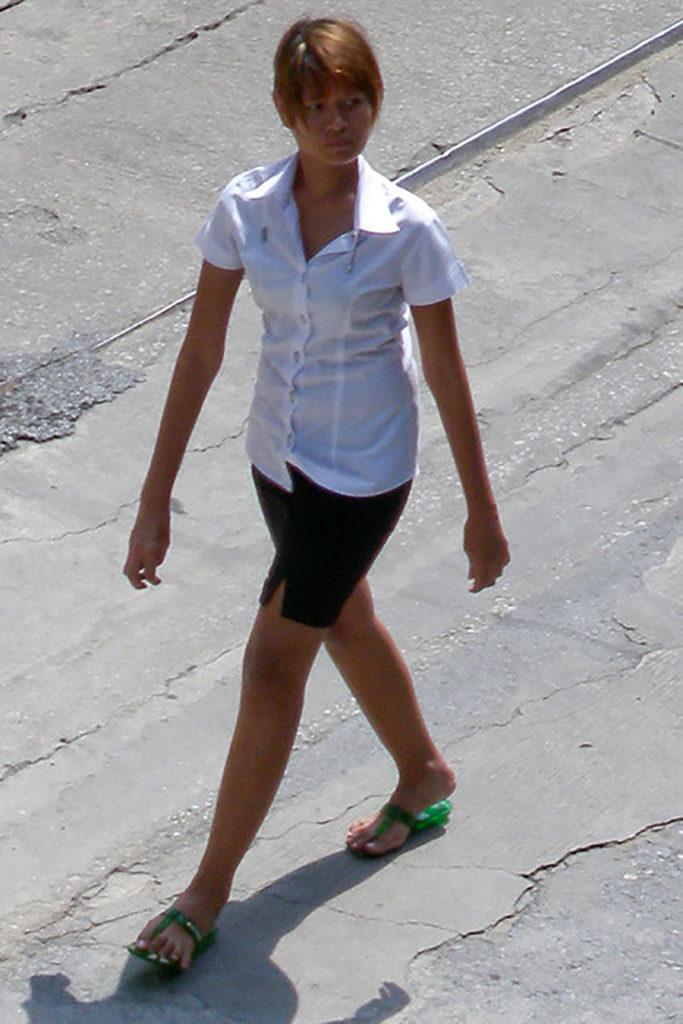 【画像あり】制服が嬢にしか見えないタイの女子大生をご覧下さい。 40枚・22枚目