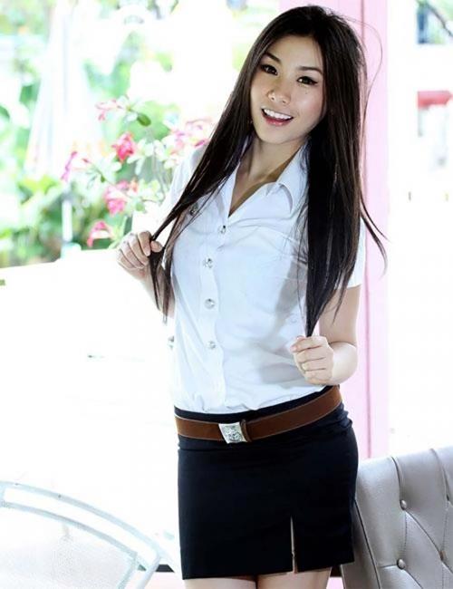 【画像あり】制服が嬢にしか見えないタイの女子大生をご覧下さい。 40枚・25枚目
