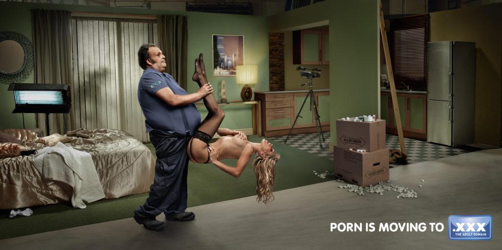 【画像あり】エロで集客を狙う海外の広告がマジで抜けるwwwwwwwwww26枚・7枚目
