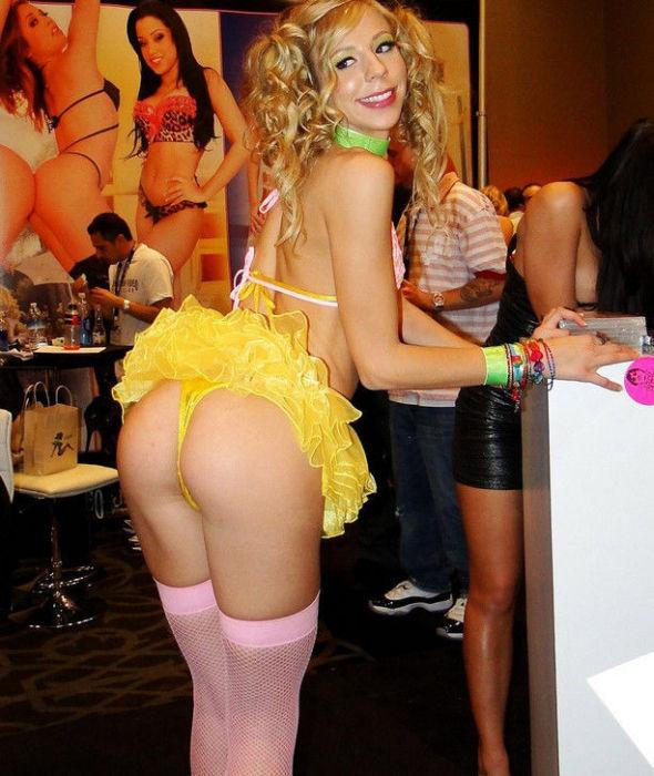ポルノ女優さんの体を張ったイベントがヤバすぎワロタwwwwwww(画像あり)・9枚目