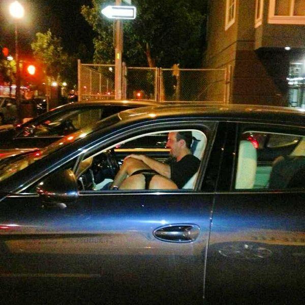 【※悲報】渋滞の高速道路で車内セ●クスしてる姿を発見されるwwwwwwwwwwww(画像あり)・13枚目