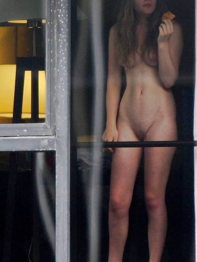 【エロ画像】民家専門の盗撮犯がネットにバラ撒いた画像のクオリティすげぇぇぇwwwww・15枚目