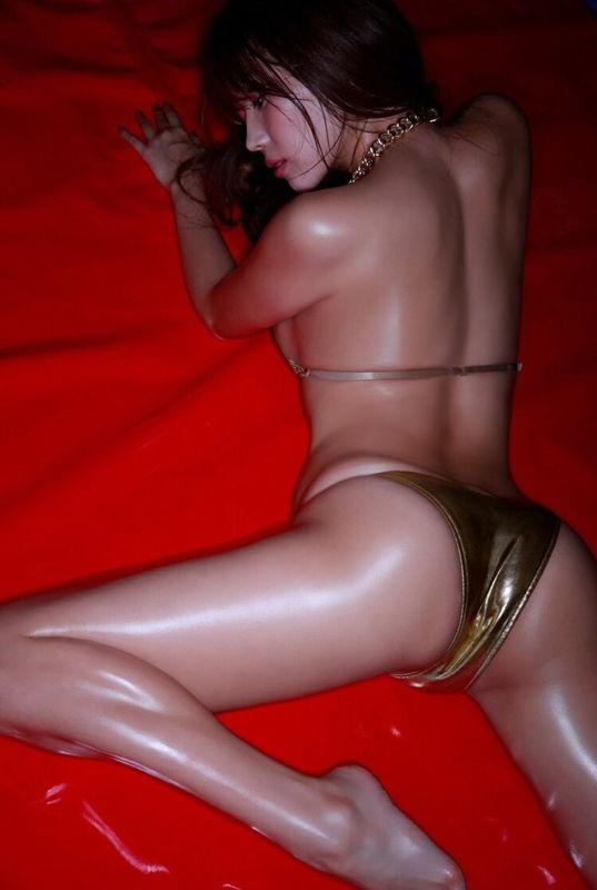 【※朗報】イマ愛人にしたいNo.1グラドル森咲智美の全裸wwwwwwww(画像あり)・31枚目