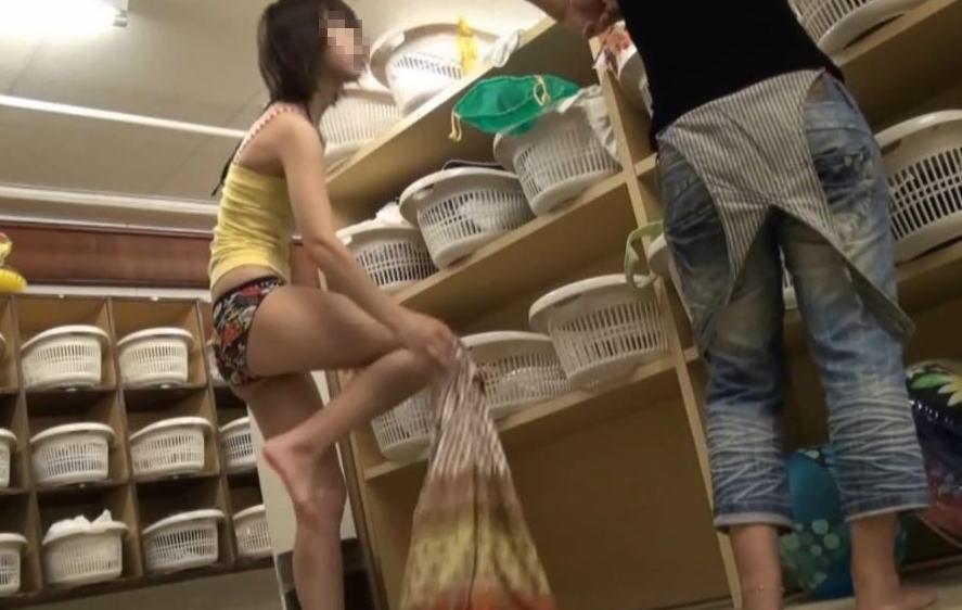 【ガチ盗撮】修学旅行の女子学生、宿泊先でしっかり盗撮され拡散される・・・(画像あり)・55枚目