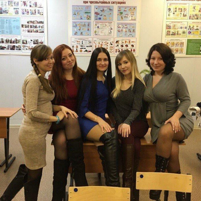 【※勃起不可避】ロシアの学校に潜入した結果wwwwwwwwwwwwww・37枚目