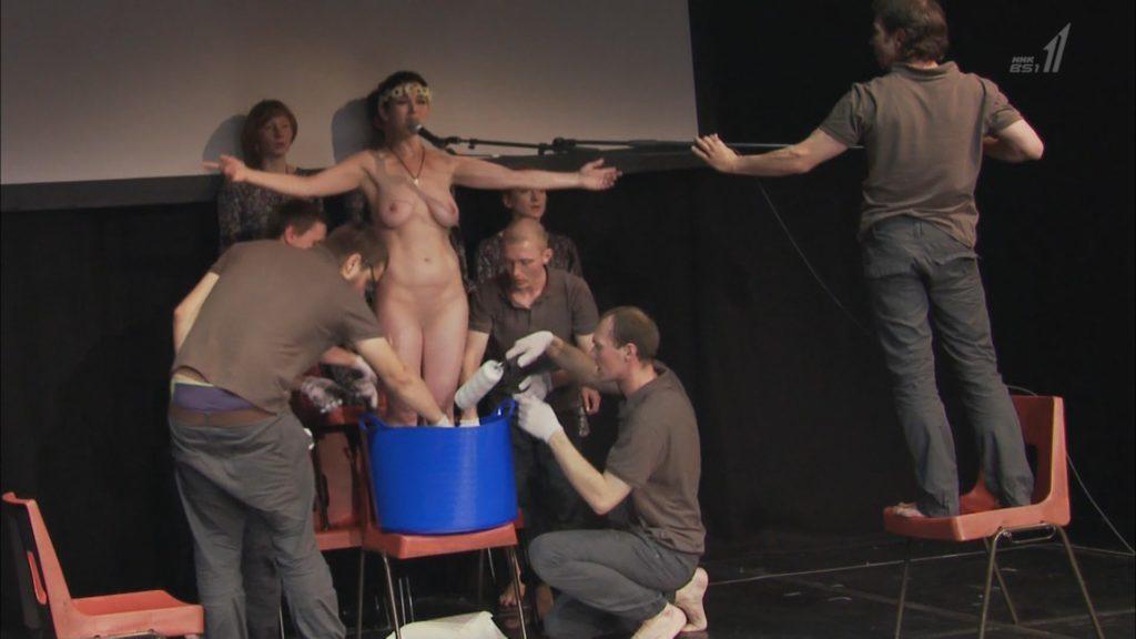 【※悲報】NHK バレエダンサー特集で乳首がガチで映る放送事故wwwwwwww(画像あり)・6枚目