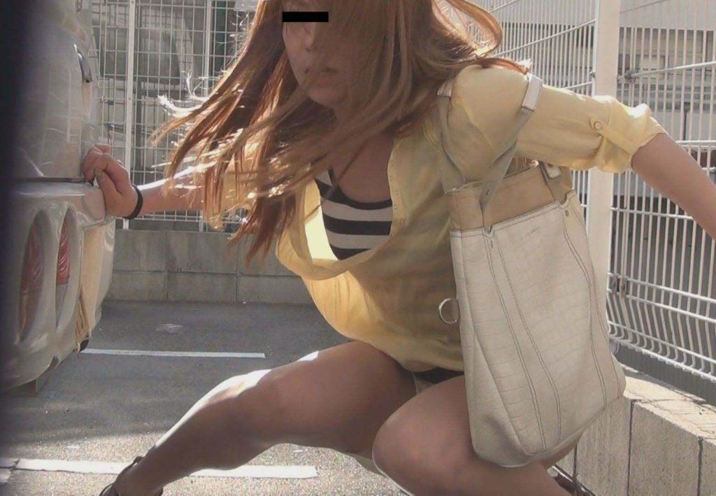 【※盗撮※】我慢できずに羞恥心を失った女たちをご覧下さい。・13枚目
