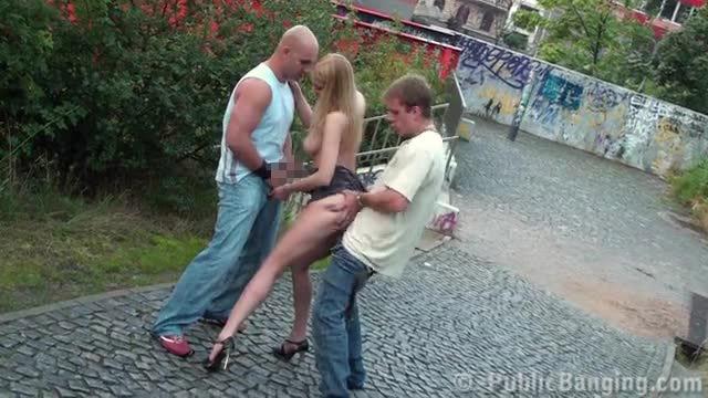 20ユーロでSEXできる路上売春婦ヤバすぎるだろ・・・・・・13枚目