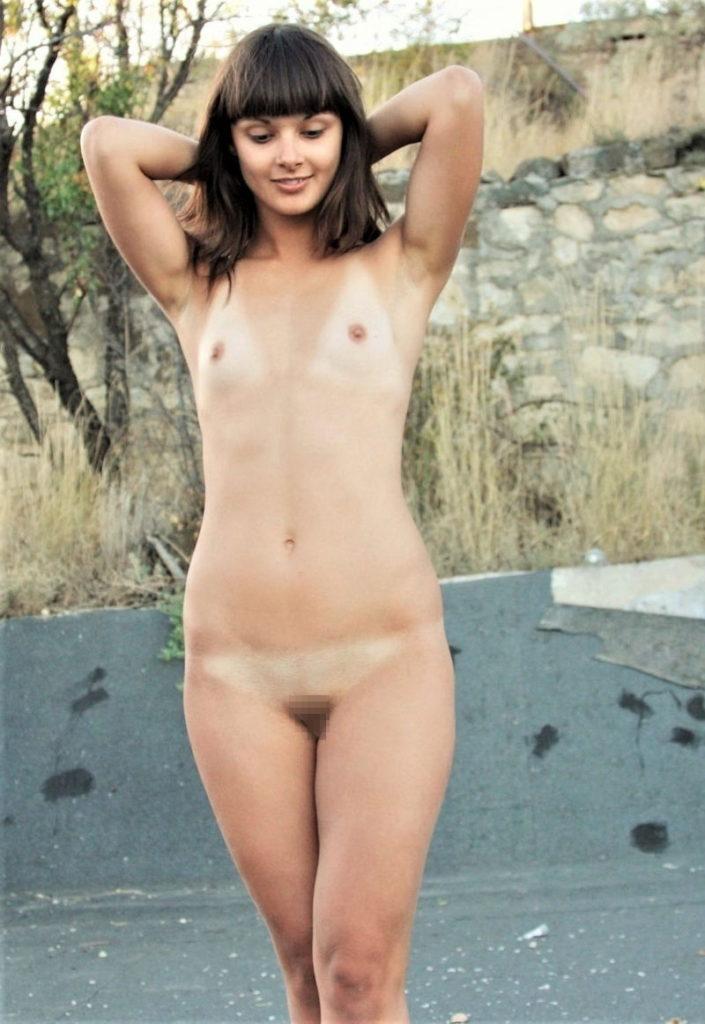 白人×貧乳が集まる最強画像スレ、女体エロ杉・・・絶句した。(※画像あり※)・41枚目