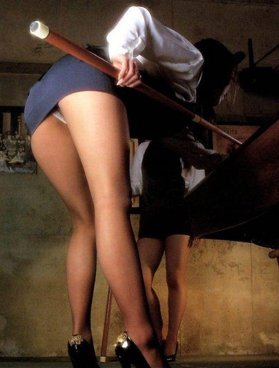 【※マンコ注意※】ビリヤード中に挑発してくる女の子(画像28枚)・19枚目