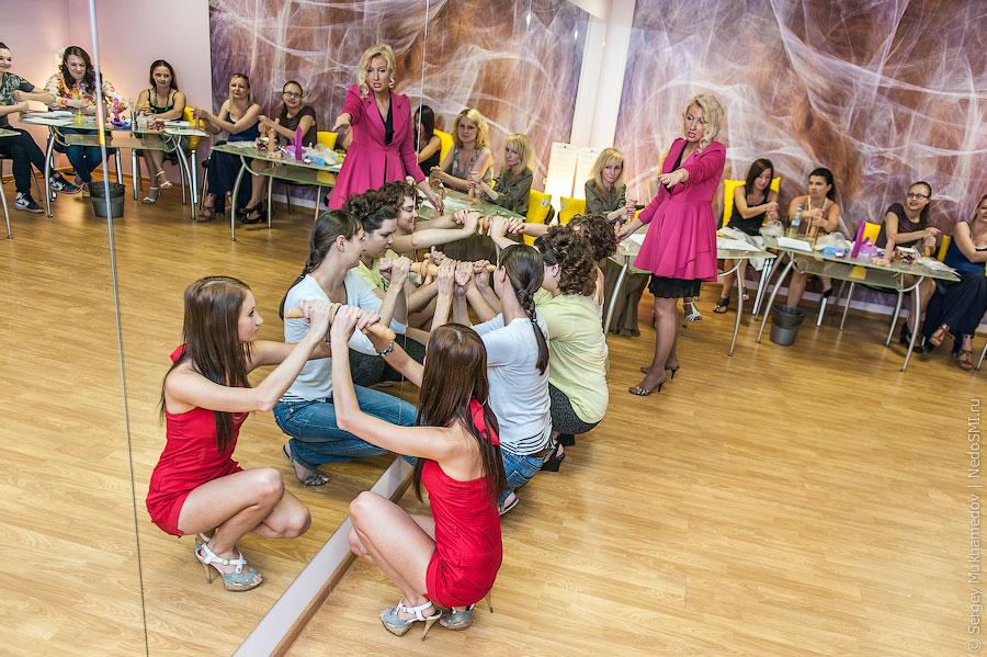 ロシアに実際にあるフェラチオ講座の光景がヤバすぎ(画像36枚)・30枚目
