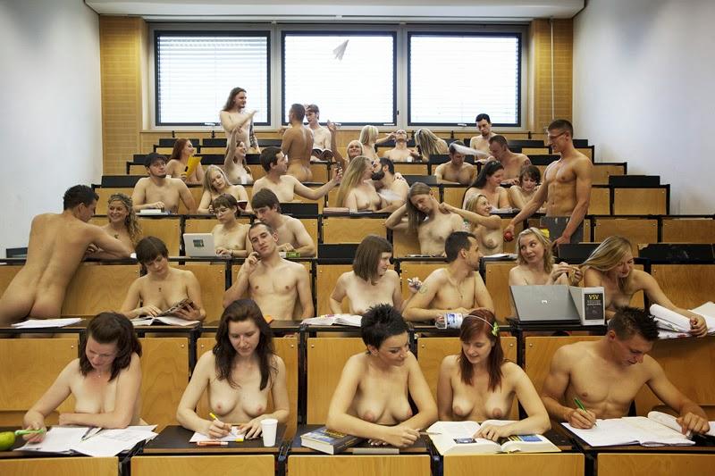 【※朗報】海外の学校で裸で授業を受けるが様子こちらwwwwwwwwwwwww(画像あり)・9枚目