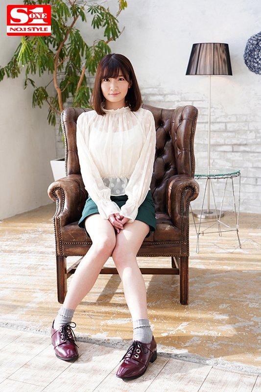 【※必見】「筧ジュン」とかいう新人AV女優さん、処女作で天然おっぱいを揉まれまくるwwwwww・1枚目