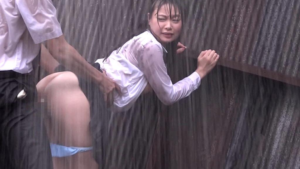 雨に打たれながらヤる女の色気が半端ないんだがwwwwwwwwwwww(画像あり)・10枚目